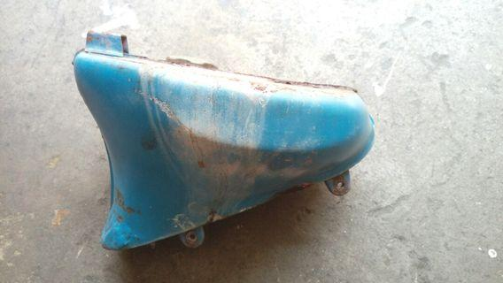 Honda C70 tank