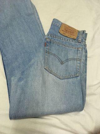 Original levi's denim jeans mom