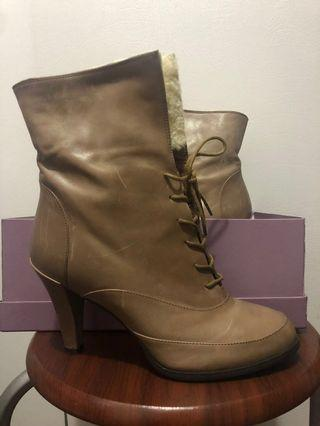全新LE saunda 羊毛真皮短靴,boots,未著過37碼