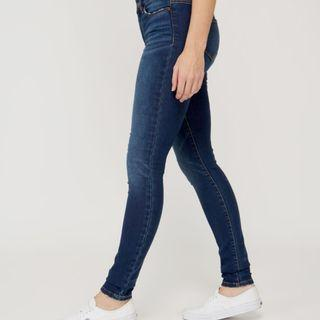Guess Fly Button Jeans