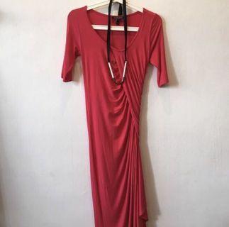🚚 Isabella Oliver Red Maternity Dress