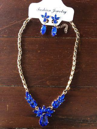 kalung + anting biru