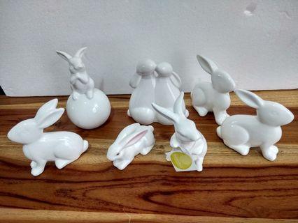 Morgan and Finch Rabbit figurine Reduce price
