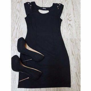 Spiked black cap sleeved dress