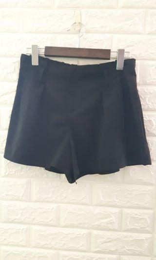 前打摺後鬆緊褲裙