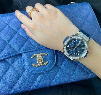 🚚 🦄1 & Only BNIB 19S Chanel Iridescent Blue JUMBO with original Chanel SG receipt💙