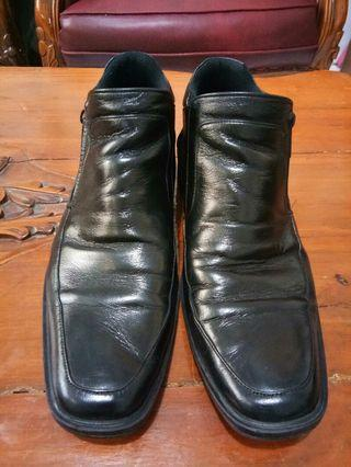 Sepatu Formal Boot GP Leather
