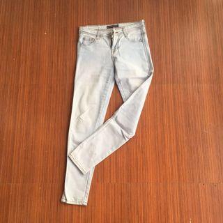 Jeans Cewek