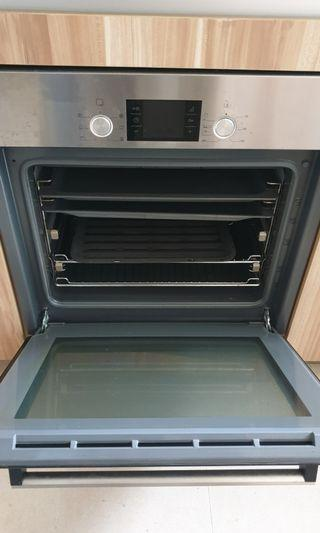 ALL IN 1 INBUILT Bosch Oven + microwave + cooker hob + Induction cooker