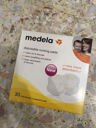 🚚 Medela Disposable Nursing Pads