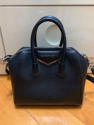 Givenchy Antigona Mini Black