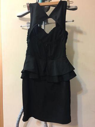 遮肚肚黑色洋裝