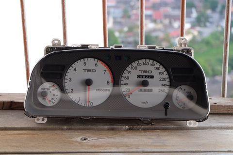 AE101 SEG TRD Meter/Gauge