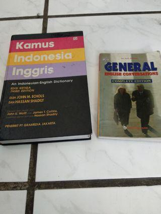 Dictionary paket two books.