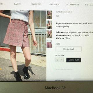 brandy melville emerson skirt