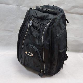 Oakley 大容量戶外電腦後背包