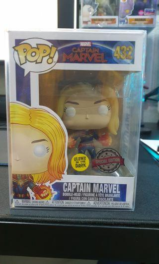 Funko Captain Marvel GITD WALMART Exclusive