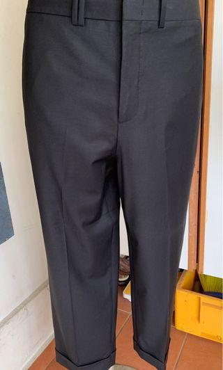 BlackBarrett Blk Slim Cropped Fit Pants Sz 50 W34