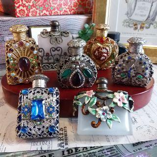 ✨ 捷克手工製作舶來品  🌾 巴洛克風格 精工寶石 古董玻璃香水瓶 ✨