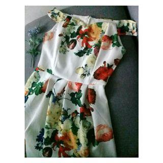 Floral sabrina dress