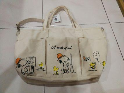 💯 authentic Snoopy Canvas tote/ sling bag
