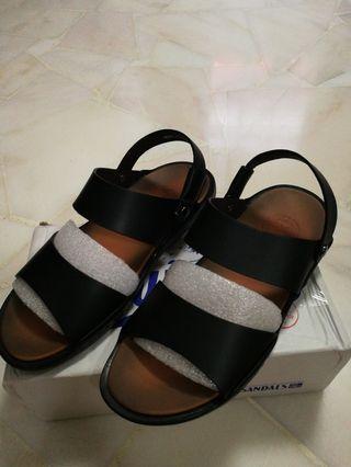 ded19e216cad7 Brandblack Tabi sandals size 9 (not yeezy