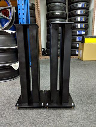 Speaker Stands (1 Pair + Base Spikes)