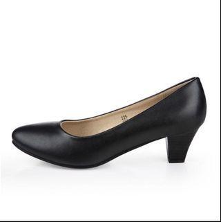 (全新)真皮/軟皮克色返工鞋 size36