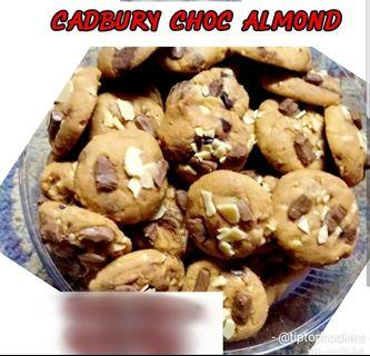 🚚 Cadbury Chocolate Almond(Preorder). Raya 2019 Cookies. Order Yours Now!