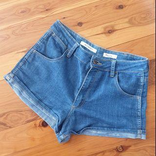 Women's size 12 'WRANGLER' HI CHEEKY  Gorgeous blue denim shorts - AS NEW