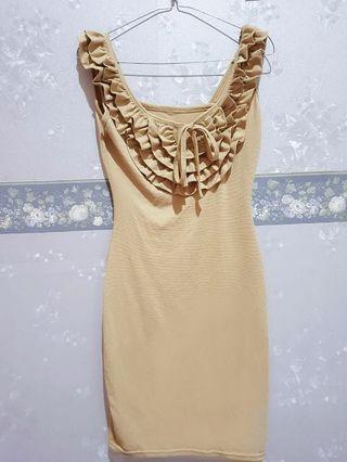 Dress ruffle warna nude (preloved) party dress pesta