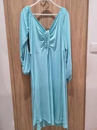 🚚 Mint off shoulder dress