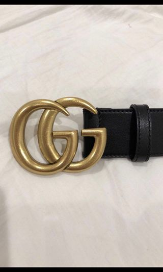 """36e3dcfe2b Gucci """"GG"""" belt in gold and black NEVER WORN MINT CONDITION"""