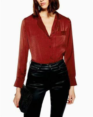 Red pocket collar shirt