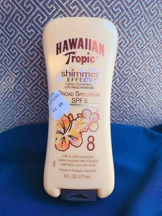 🌺 Hawaiian Tropic Sunscreen with Shimmer Effect