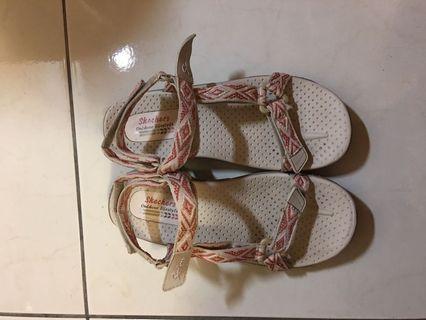 🚚 Skechers涼鞋