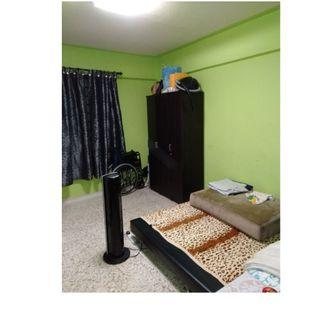 Common room at 335 clementi avenue 2 for rent! Wifi available!