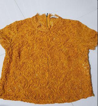 Zara Mustard lace crop top