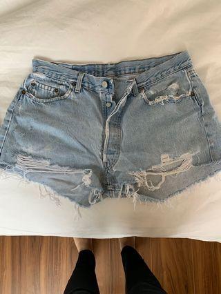 Levi's cutoff jeans Medium