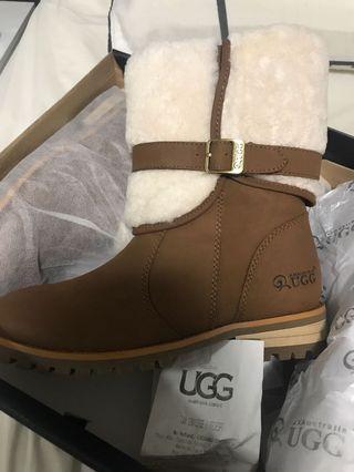 UGG BRAND NEW | Zara Boot Chestnut