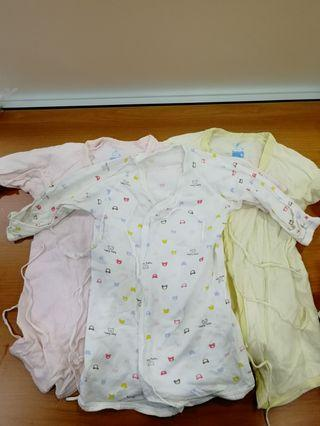 初生和尚袍