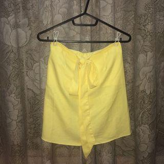 yellow lightweight ribbon skirt