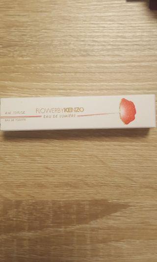 Flower By Kenzo Eau De Lumiere 4ml