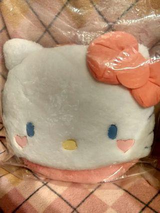 Hello Kitty Cushion 汽車座位座椅毛毛頭套背墊