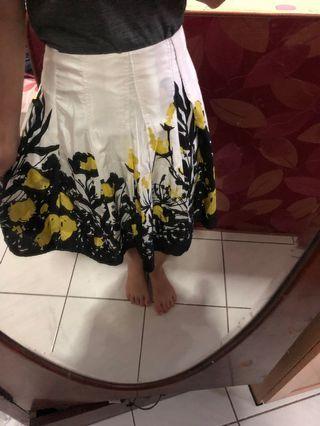 Flower Skirt Rok Bunga