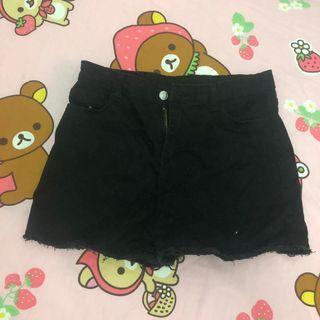 黑色牛仔短褲 shorts
