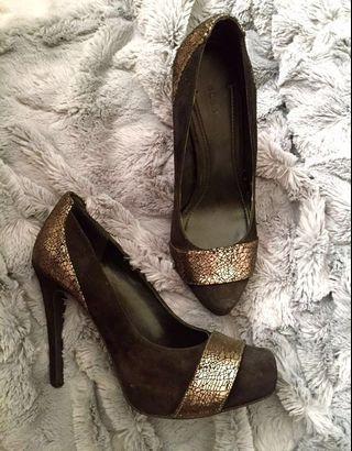 BCBG Heels - Black & Metallic Copper