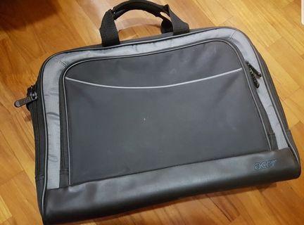 Compact Acer Laptop Bag