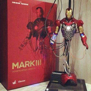 🚚 Hot Toys Iron Man construction