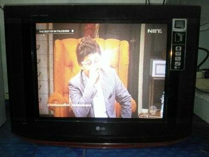 Tv Tabung Slim Lg pearl black 21 inch